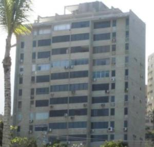 Apartamento En Alquileren Catia La Mar, Playa Grande, Venezuela, VE RAH: 19-3122