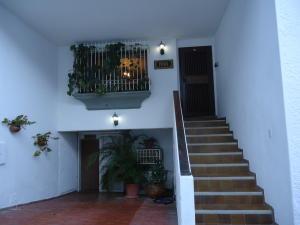 Townhouse En Ventaen Caracas, Lomas De Prados Del Este, Venezuela, VE RAH: 19-3124