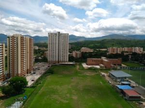 Apartamento En Ventaen Municipio Naguanagua, Maã±Ongo, Venezuela, VE RAH: 19-3235