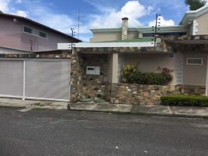 Casa En Ventaen Caracas, La Lagunita Country Club, Venezuela, VE RAH: 19-3371