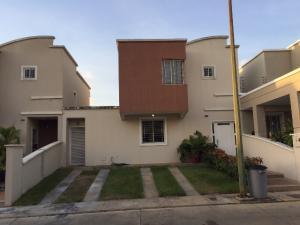 Casa En Ventaen Barquisimeto, Ciudad Roca, Venezuela, VE RAH: 19-3378