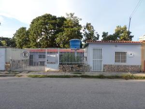 Casa En Ventaen Cabudare, La Mata, Venezuela, VE RAH: 19-3464