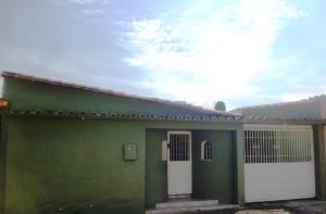 Casa En Ventaen Cua, Santa Rosa, Venezuela, VE RAH: 19-3495