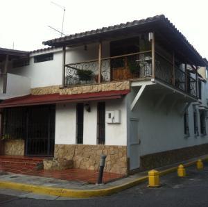 Casa En Ventaen Carrizal, Municipio Carrizal, Venezuela, VE RAH: 19-7071