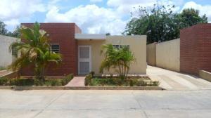 Casa En Ventaen El Tigre, Sector Avenida Intercomunal, Venezuela, VE RAH: 19-3598