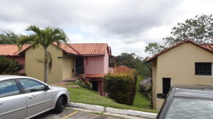 Townhouse En Ventaen Caracas, Monte Claro, Venezuela, VE RAH: 19-3560