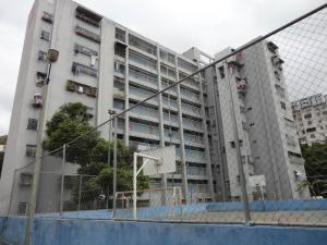 Apartamento En Ventaen Caracas, Caricuao, Venezuela, VE RAH: 19-4046