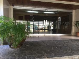 Apartamento En Ventaen Caracas, Terrazas Del Club Hipico, Venezuela, VE RAH: 19-3633