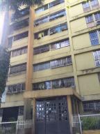Apartamento En Ventaen Los Teques, Los Teques, Venezuela, VE RAH: 19-3636