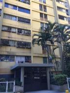 Apartamento En Ventaen Los Teques, Los Teques, Venezuela, VE RAH: 19-3638