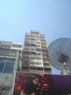 Apartamento En Ventaen Caracas, Parroquia La Candelaria, Venezuela, VE RAH: 19-5464