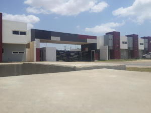 Townhouse En Ventaen Coro, Centro, Venezuela, VE RAH: 19-3721
