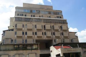 Apartamento En Ventaen Caracas, Colinas De Bello Monte, Venezuela, VE RAH: 19-3773
