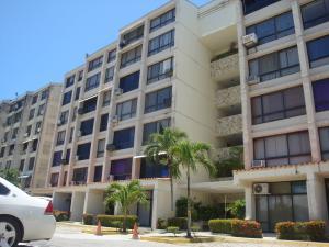 Apartamento En Ventaen Higuerote, Agua Sal, Venezuela, VE RAH: 19-3810