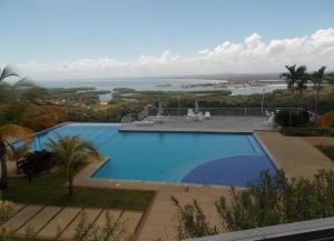 Apartamento En Ventaen Higuerote, Carenero, Venezuela, VE RAH: 19-3815