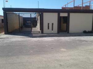 Casa En Ventaen Punto Fijo, Puerta Maraven, Venezuela, VE RAH: 19-3816