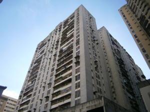 Apartamento En Ventaen Caracas, Parroquia La Candelaria, Venezuela, VE RAH: 19-3823