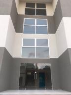 Edificio En Ventaen El Tigre, Sector Avenida Jesus Subero, Venezuela, VE RAH: 19-3852