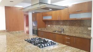 Apartamento En Alquileren Maracaibo, Dr Portillo, Venezuela, VE RAH: 19-3861