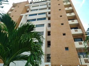 Apartamento En Ventaen Valencia, La Trigaleña, Venezuela, VE RAH: 19-3866
