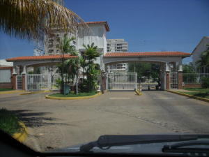 Apartamento En Ventaen Maracaibo, Avenida El Milagro, Venezuela, VE RAH: 19-3924