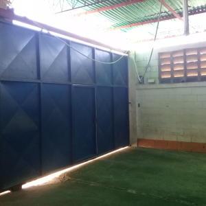 Galpon - Deposito En Alquileren Maracaibo, El Milagro, Venezuela, VE RAH: 19-3944