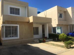 Casa En Ventaen Punto Fijo, Puerta Maraven, Venezuela, VE RAH: 19-3951