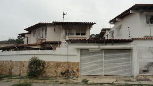 Casa En Alquileren Caracas, Alto Prado, Venezuela, VE RAH: 19-3985