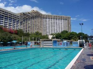 Apartamento En Ventaen La Guaira, Los Corales, Venezuela, VE RAH: 19-3997