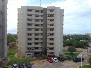 Apartamento En Alquileren Maracaibo, El Milagro Norte, Venezuela, VE RAH: 19-4035