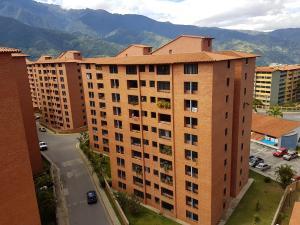 Apartamento En Ventaen Merida, Avenida Las Americas, Venezuela, VE RAH: 19-4041