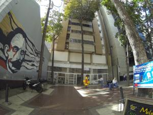 Apartamento En Ventaen Caracas, Parroquia Altagracia, Venezuela, VE RAH: 19-4080