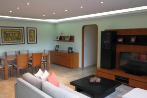 Apartamento En Ventaen Caracas, San Bernardino, Venezuela, VE RAH: 19-4068