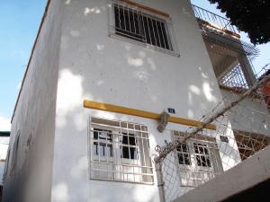 Local Comercial En Ventaen Caracas, San Bernardino, Venezuela, VE RAH: 19-4070