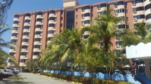 Apartamento En Ventaen Higuerote, Puerto Encantado, Venezuela, VE RAH: 19-4072