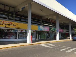 Local Comercial En Alquileren Maracaibo, Avenida Delicias Norte, Venezuela, VE RAH: 19-4126