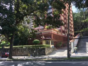 Apartamento En Ventaen Caracas, Los Naranjos Del Cafetal, Venezuela, VE RAH: 19-4919
