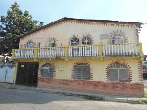 Casa En Ventaen Maracay, Campo Alegre, Venezuela, VE RAH: 19-4139