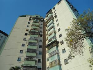 Apartamento En Ventaen Turmero, Conjunto Residencial Costa Del Sol, Venezuela, VE RAH: 19-4149