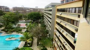 Apartamento En Ventaen Higuerote, Agua Sal, Venezuela, VE RAH: 19-4151