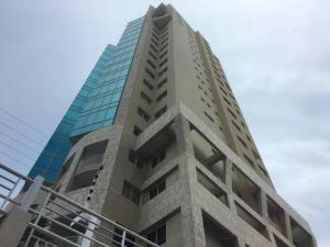 Apartamento En Alquileren Maracaibo, El Milagro, Venezuela, VE RAH: 19-4166