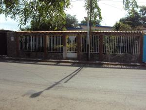 Casa En Ventaen Coro, Av Los Medanos, Venezuela, VE RAH: 19-4203