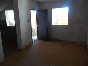 Casa En Ventaen Coro, La Floresta, Venezuela, VE RAH: 19-4222