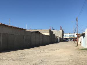 Galpon - Deposito En Alquileren Punto Fijo, Puerta Maraven, Venezuela, VE RAH: 19-4283