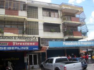 Apartamento En Ventaen Maracay, El Limon, Venezuela, VE RAH: 19-4328
