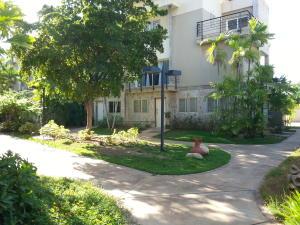 Townhouse En Ventaen Maracaibo, El Milagro, Venezuela, VE RAH: 19-4334