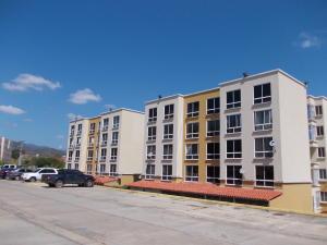 Apartamento En Ventaen Charallave, Vista Linda, Venezuela, VE RAH: 19-4347