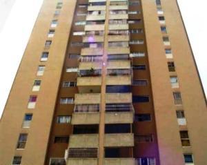 Apartamento En Ventaen Caracas, Lomas De Prados Del Este, Venezuela, VE RAH: 19-4376