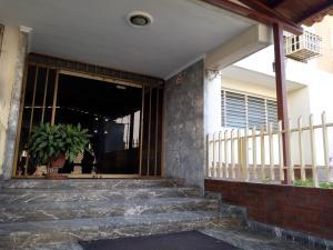 Apartamento En Ventaen Maracay, Base Aragua, Venezuela, VE RAH: 19-4475