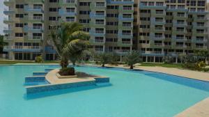 Apartamento En Ventaen Higuerote, Agua Sal, Venezuela, VE RAH: 19-4492